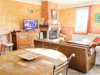 4 bedroom Villa in Mazan, Provence-Alpes-Cote d'Azur, France : ref 5552162