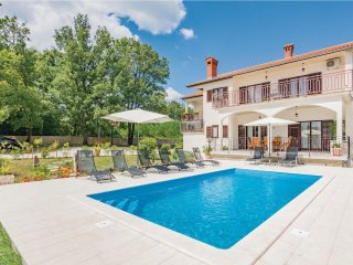 5 bedroom Villa in Čubanići, Istria, Croatia : ref 5564444