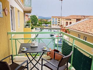 1 bedroom Apartment in Fréjus, Provence-Alpes-Côte d'Azur, France : ref 5059159