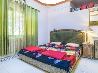 Weekend retreat for three, 400 m from Nagaon Beach