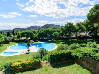 Begur Apartment Sleeps 6 with Pool - 5388288