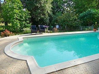 4 bedroom Villa in Jousse, Nouvelle-Aquitaine, France : ref 5046768