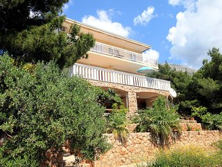 Two bedroom apartment Sveta Nedilja, Hvar (A-110-a)