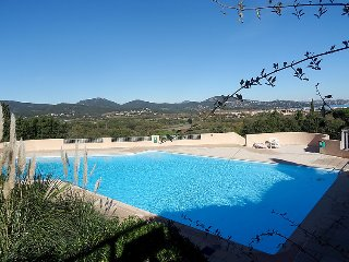 1 bedroom Apartment in Cogolin, Provence-Alpes-Côte d'Azur, France : ref 505176