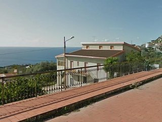 3 bedroom Apartment in Joppolo-Siroto, Calabria, Italy : ref 5343904