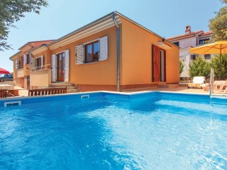 4 bedroom Villa in Vinkuran, Istria, Croatia : ref 5563979