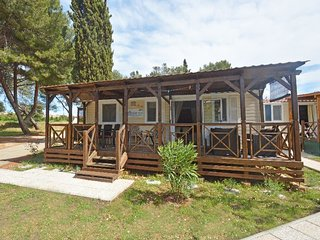 3 bedroom Villa in Stinjan, Istarska Zupanija, Croatia : ref 5392719