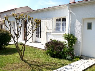 3 bedroom Villa in Pontaillac, Nouvelle-Aquitaine, France : ref 5312958