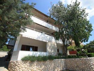 2 bedroom Apartment in Sopaljska, Primorsko-Goranska Županija, Croatia : ref 556