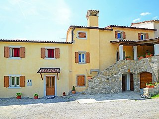 2 bedroom Villa in Hum, Istarska Zupanija, Croatia : ref 5026361