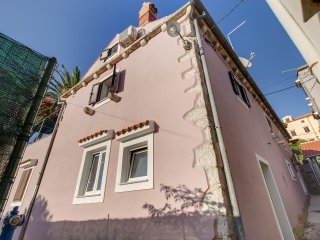 Studio flat Mali Losinj, Losinj (AS-11880-a)