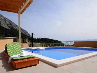 1 bedroom Villa in Makarska, Splitsko-Dalmatinska Županija, Croatia : ref 531038