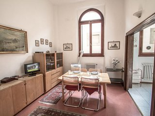 3 bedroom Apartment in Florence, Tuscany, Italy : ref 5055483