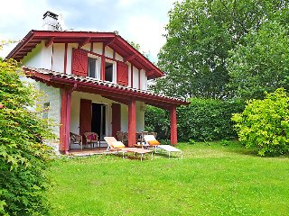 4 bedroom Villa in Saint-Pee-sur-Nivelle, Nouvelle-Aquitaine, France : ref 50357