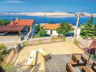 3 bedroom Villa in Jadranovo, Primorsko-Goranska Zupanija, Croatia : ref 5564826