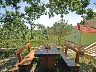 2 bedroom Villa in Supetarska Draga, Primorsko-Goranska Zupanija, Croatia : ref