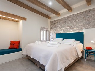 Casa Amando: double room with view over the courtyard & underfloor heating
