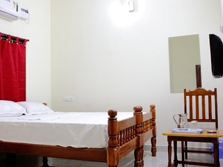 Comfortable backpackers stay with homely vibes