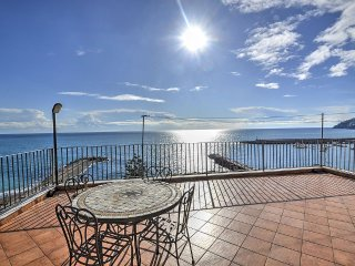 2 bedroom Apartment in Amalfi, Campania, Italy : ref 5229190