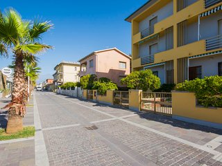2 bedroom Apartment in Cecina, Tuscany, Italy : ref 5055670