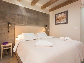 "Casa Amando: double room with view to ""San Tommaso' & underfloor heating"