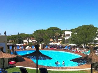 2 bedroom Apartment in Vale do Lobo, Faro, Portugal : ref 5571287