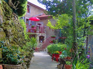 A Charming country house in the chestnuts forest. Private location in the village.