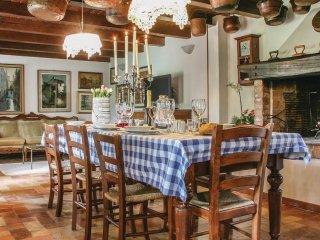 4 bedroom Villa in Caberlotto, Veneto, Italy : ref 5545549