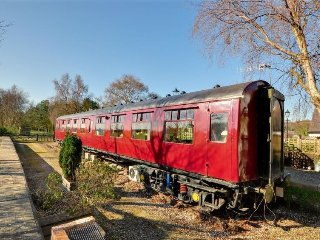 Oscar Railway Carriage