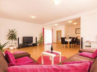3 bedroom Villa in Valtura, Istria, Croatia : ref 5564112