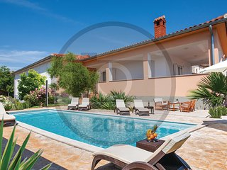 3 bedroom Villa in Valtura, Istria, Croatia : ref 5564112