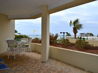 Tops'l Resort Tides 106 - ground floor condo - walk out to pool & beach