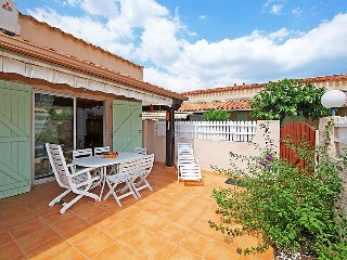 2 bedroom Villa in Le Cap D'Agde, Occitania, France : ref 5061063