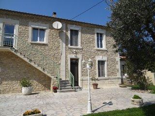 2 bedroom Villa in Noves, Provence-Alpes-Cote d'Azur, France : ref 5084274