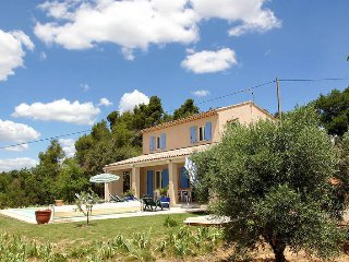 4 bedroom Villa in La Verdiere, Provence-Alpes-Cote d'Azur, France : ref 5437122