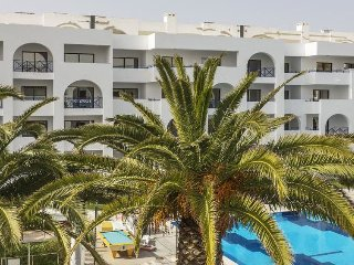 2 bedroom Apartment in Porches, Faro, Portugal : ref 5313540
