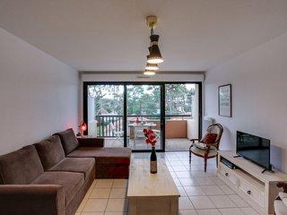 2 bedroom Apartment in Capbreton, Nouvelle-Aquitaine, France : ref 5512614