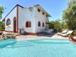 2 bedroom Villa in Floridia, Sicily, Italy : ref 5083313
