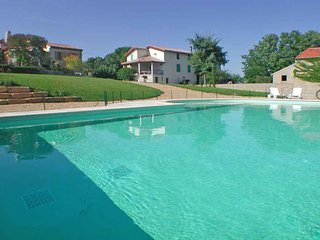 4 bedroom Villa in Béziers, Occitania, France : ref 5247165