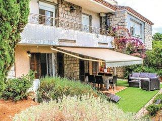 2 bedroom Apartment in Ghiatone, Corsica, France : ref 5550956