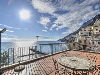 2 bedroom Apartment in Amalfi, Campania, Italy : ref 5229201