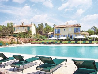 2 bedroom Villa in Le Mitan, Provence-Alpes-Cote d'Azur, France : ref 5565554