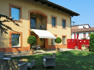 3 bedroom Villa in Asti, Piedmont, Italy : ref 5443098