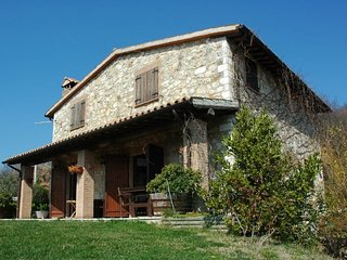 3 bedroom Villa in Todi, Umbria, Italy : ref 5218204