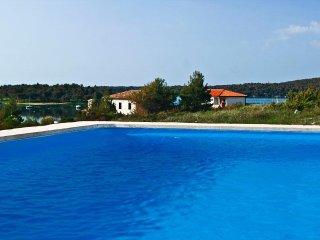 1 bedroom Apartment in Medulin, Istria, Croatia : ref 5505534
