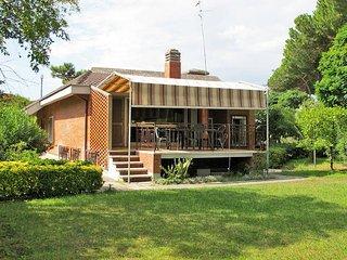 4 bedroom Villa in Terracina, Latium, Italy : ref 5440517