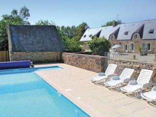 5 bedroom Villa in Tréauray, Brittany, France : ref 5538966