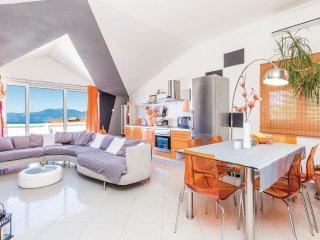 3 bedroom Villa in Buzdohanj, Primorsko-Goranska Županija, Croatia : ref 555139