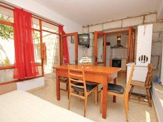 4 bedroom Villa in Lumbarda, Dubrovacko-Neretvanska Zupanija, Croatia : ref 5563