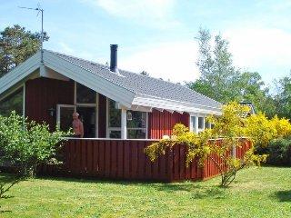 Fruerlund Holiday Home Sleeps 6 with WiFi - 5042944
